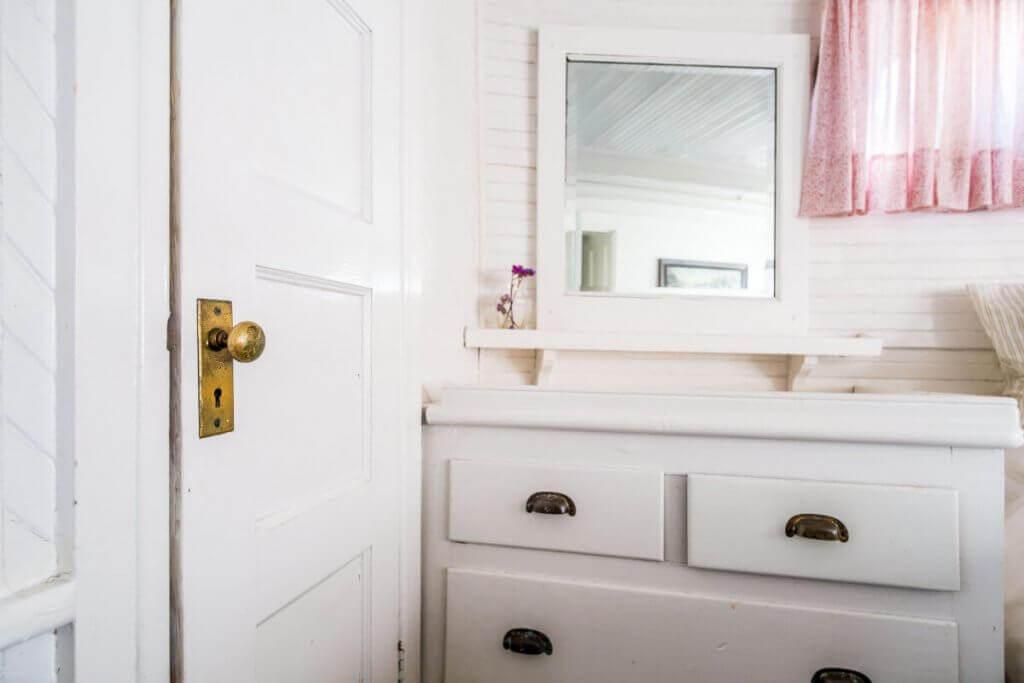 алуминиева врата на санитарен възел